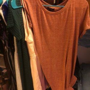 Coral t shirt dress